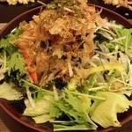 道とん堀 - 大根海藻サラダ580円