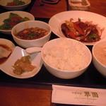 2013.8.13 広東式酢豚定食