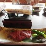 鍋と旬菜と京料理 花柳 - 岩塩プレート