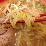 麺えもん - 鶏白湯ラーメン 麺拡大@2013/08/14