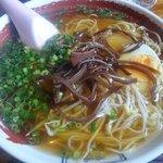 田舎食改革第1弾 嗚呼 隼 - 醤油ラーメン:670円もお勧め。太麺・細麺選べます
