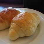 アマカラホール - セットメニューのパン