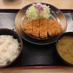 松乃家 - ロースカツ定食490円