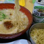 ちゃぶ屋 とんこつらぁ麺 CHABUTON - 夜とんらぁ麺780円