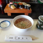 磯寿司 - ランチタイムの寿司セット850円