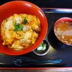 めし処 壬屋 - 炭火炙り親子丼