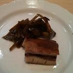 鮨 今井 - 蛸と山葵菜の炊いたん