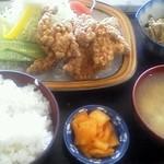 御食事処 山の五代 - 鶏唐あげ定食 880円
