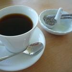 翠 - Suiブレンドコーヒー 500円 有機栽培の豆を購入しどこかで焙煎してもらっている模様