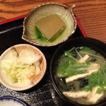 味家 - ランチの小鉢・漬物・味噌汁2013年8月