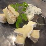 イタリアンバール コイズミ - チーズ3種盛合せ
