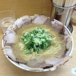 あかつき - あかつきチャーシューメン(大)750円(13.08)