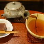 茶々工房 - ほうじ茶をいただきました。