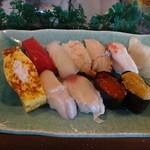 黄金寿司 - 松にぎり2410円