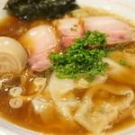 麺屋KABOちゃん - しもふり中華そば(700円)にワンタン(100円)+味玉(100円)