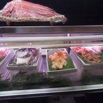 松栄寿司 - ショーケース・2