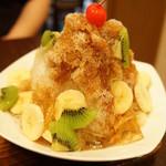 三徳堂 - 夏一跳かき氷(シャイティァオ・1200円)