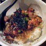 binchouyakitoritosakashoukai - 焼き鳥丼