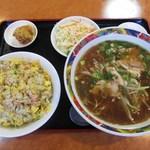 仙味軒 - 料理写真:半チャーハン・尾道ラーメンセット