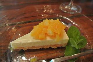 dilettante cafe - 同じく オレンジのレアチーズケーキ