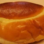 20674905 - クリームパン(105円)