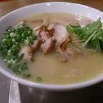 20681253 - 鶏骨チャーシュー麺