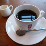 洋食屋 きし川 - 苦みの強いコーヒー