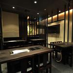 たこ焼 京の華 - 京都初のたこ焼きテーブル鉄板を導入。高い温度帯で焼くことが可能なので、美味しくできますよ♪