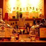 銀座 海老料理&和牛レストラン マダムシュリンプ東京 - ワインのみならず     焼酎や日本酒を楽しめるのも魅力的