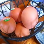 しおや蔵 - サービスの生卵