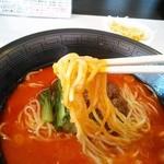 20687330 - 縮れ中太麺