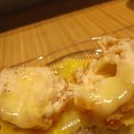 みや - 25年8月 宮崎日向赤鶏 中にはモッツァレラ