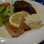 洋食レストラン桜 - 白身魚 タルタルソース