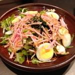 ぼうず - ぼうずサラダ(¥ 490)ドレッシングも美味しくて、見かけ以上に美味しいサラダでした!