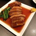ぼうず - 豚バラ肉の煮込み(¥ 450)ほのかな八角の香りが食欲をそそりました!