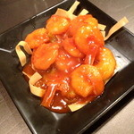 ぼうず - エビのチリソース(¥ 590)プリプリのエビと甘辛のチリソース、美味しいです!