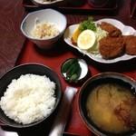 太田食堂 - ヒレカツ定食。