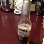 ムクバル - 本店にてコロナビール