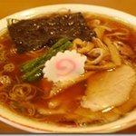 2070386 - シンプルな醤油ラーメン(600円)