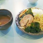 ダイニング&カフェ ファモーレ - 自家製太つけ麺・大盛400g 650円