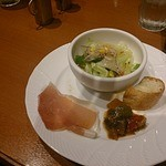 ワインバー マイアミ パティオ - セットのlサラダ前菜