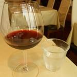 Guruton - グラスワイン赤