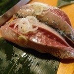 魚がし寿司 - 2013.08あじ(一個150円)