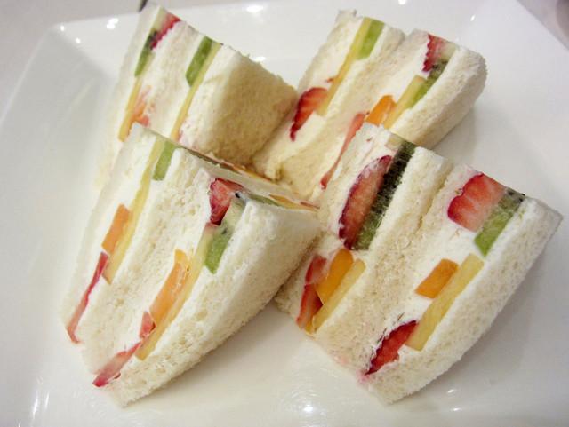 千疋屋総本店 フルーツパーラー - フルーツサンドイッチ