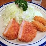 キッチン大 - 2品盛(ヒレカツ、牡蠣フライ)