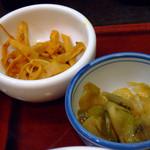 中嘉屋食堂 麺飯甜 - 小鉢のザーサイ&メンマ