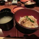 ばり鶏 - すき焼きの出汁で作る親子丼と地鶏スープ
