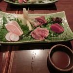 ばり鶏 - 地鶏のお刺身4品盛合せ