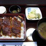 多々美家 - 料理写真:活鰻重定食