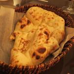 インド料理 想いの木 - ナン
